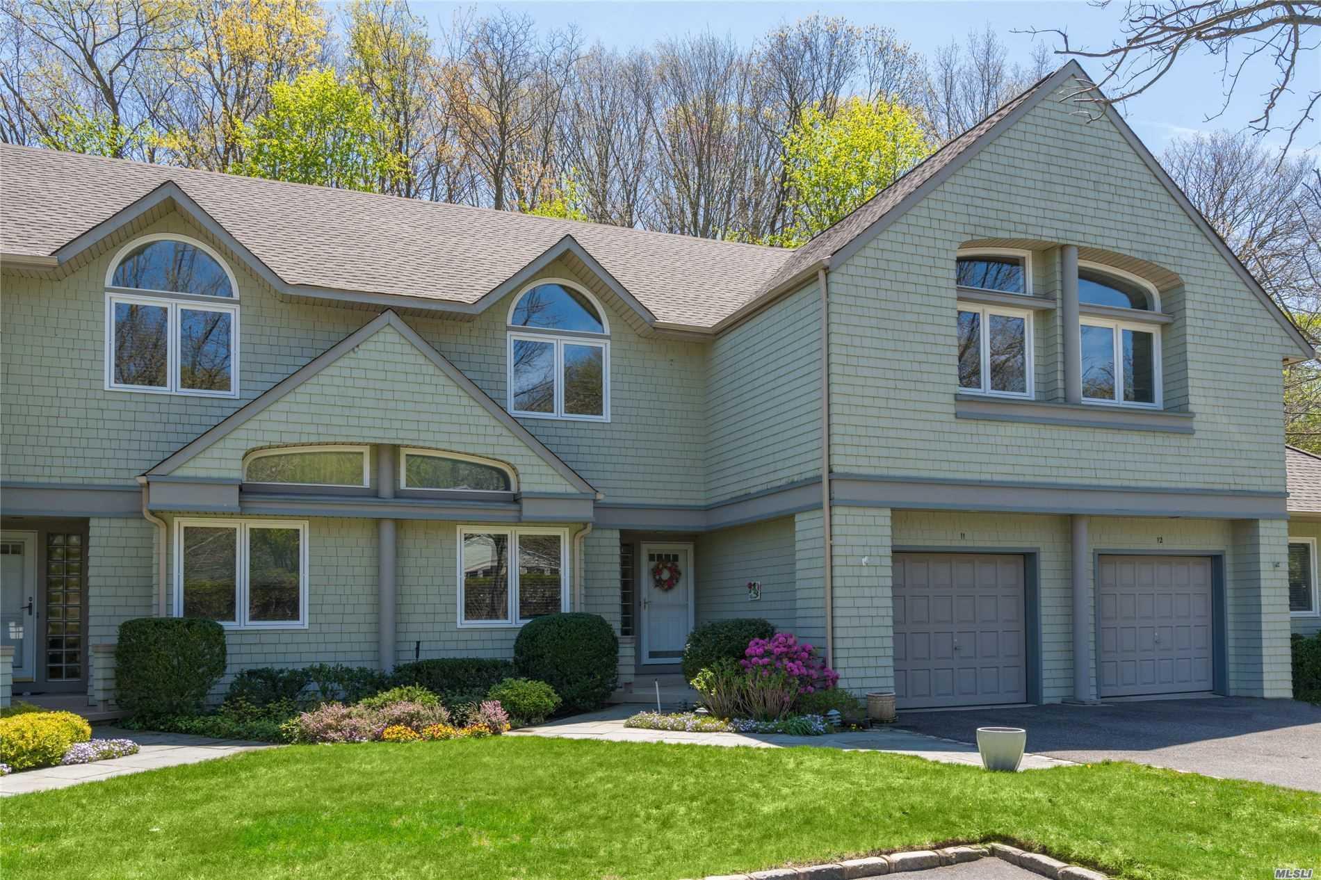 Property for sale at 11 Insbrook Court, Huntington NY 11743, Huntington,  New York 11743