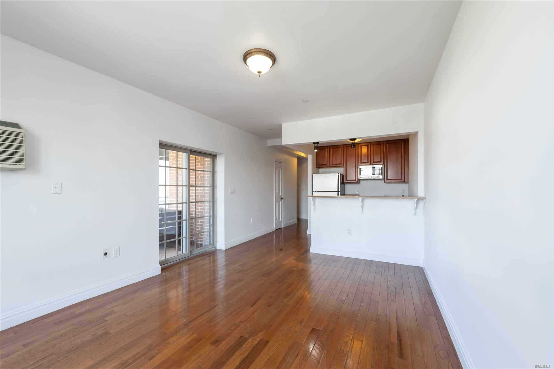 Property for sale at 25-25 Newtown Avenue # 4B, Astoria NY 11102, Astoria,  New York 11102
