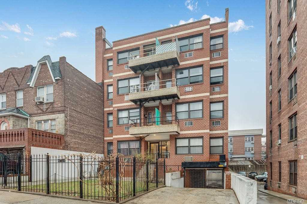 Property for sale at 41-14 68th Street Unit: 4A, Woodside,  New York 11377