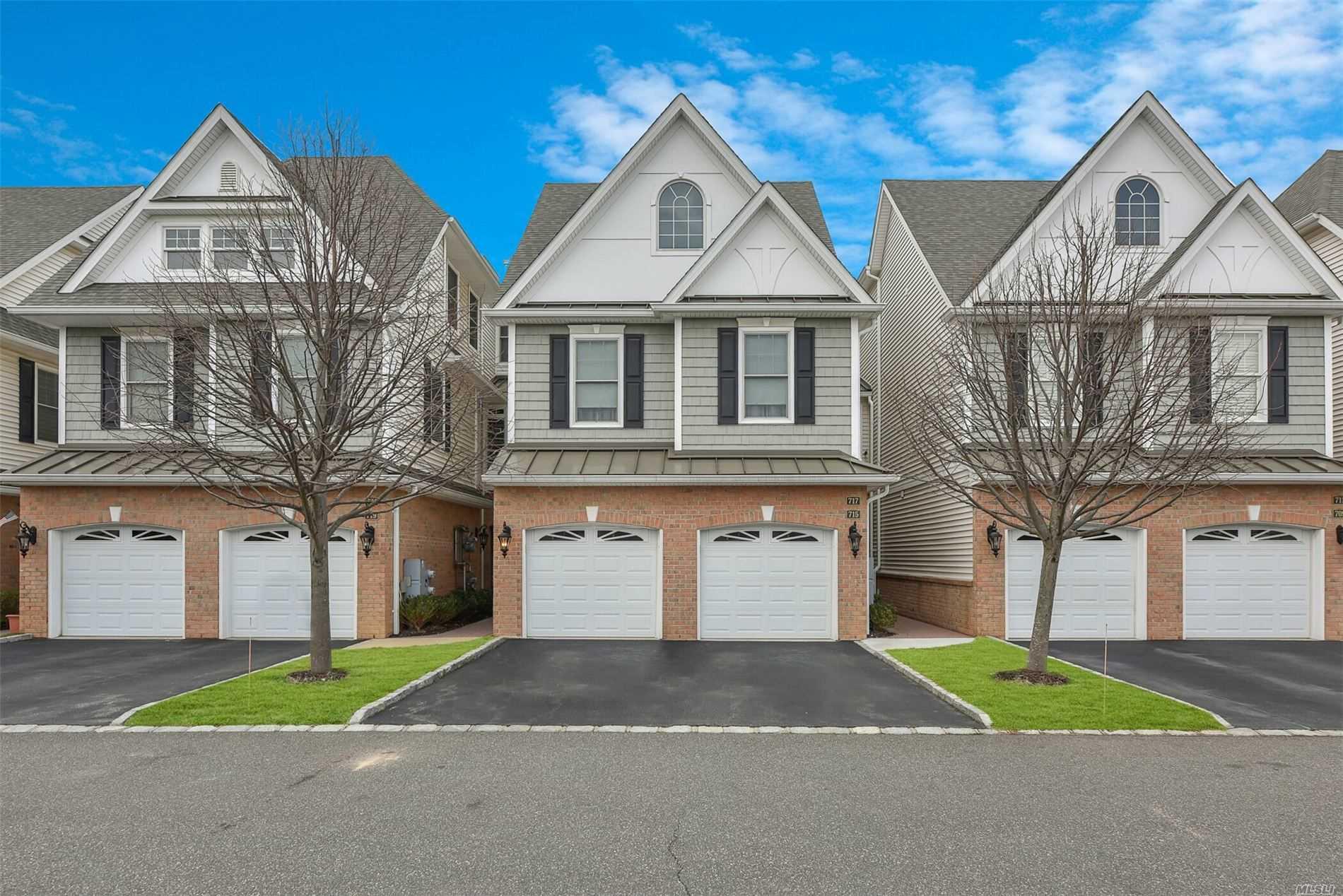 Property for sale at 715 Equestrian Way # 240, Westbury NY 11590, Westbury,  New York 11590