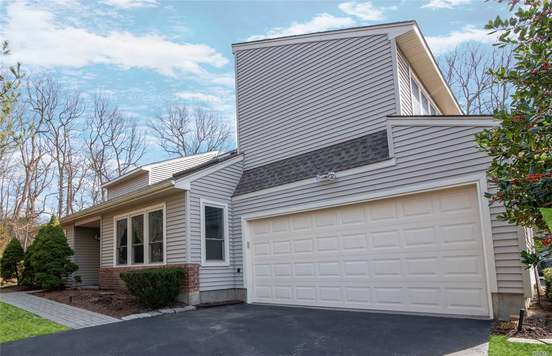Property for sale at 4 Inwood Road, Port Jefferson NY 11777, Port Jefferson,  New York 11777