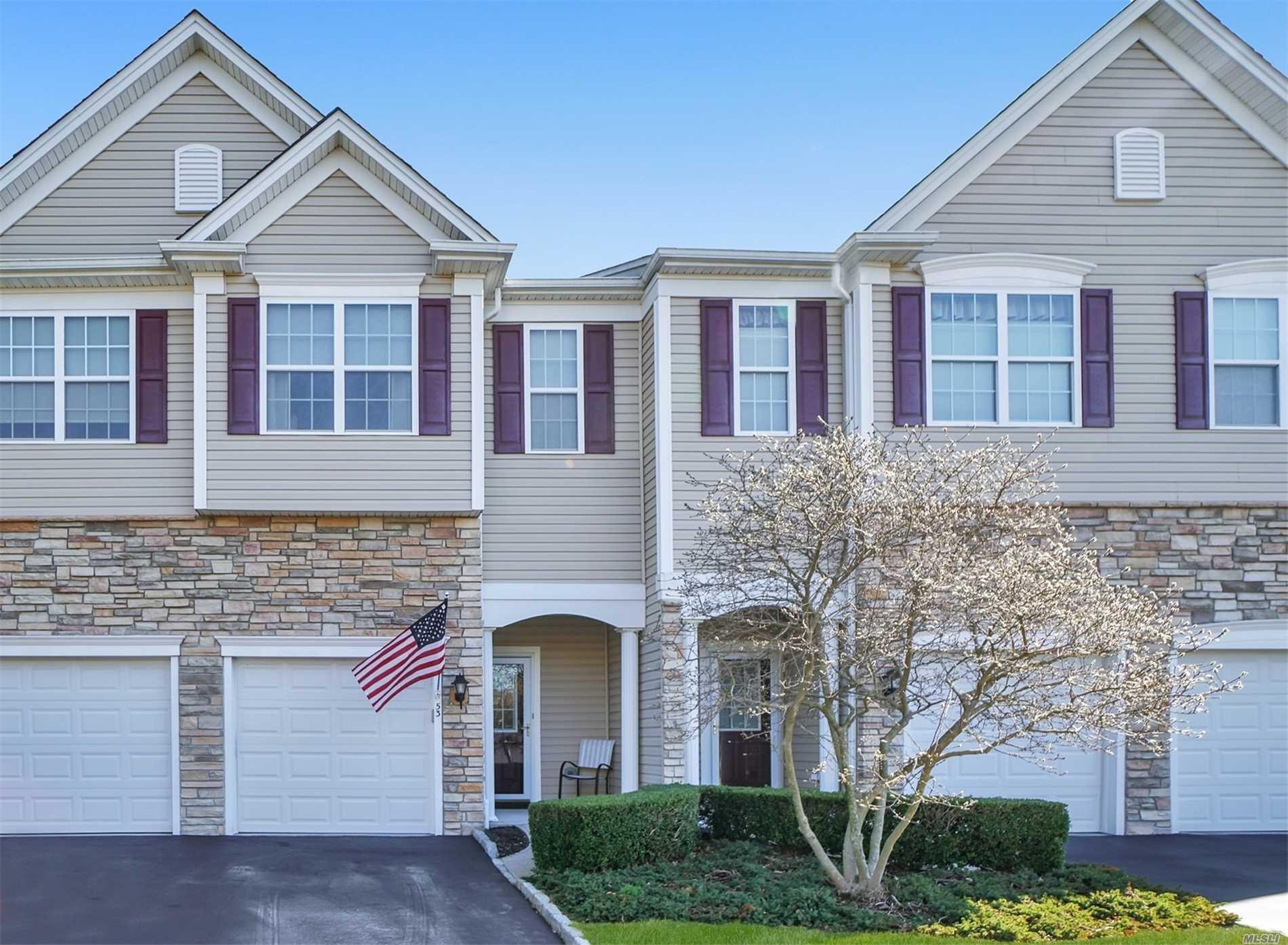 Property for sale at 53 Torrey Pine Lane, Bay Shore NY 11706, Bay Shore,  New York 11706
