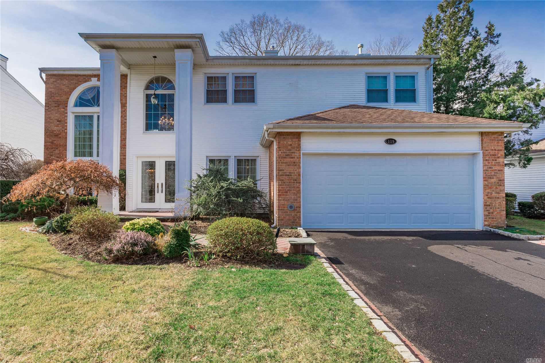 Property for sale at 119 Fairway View Drive, Commack NY 11725, Commack,  New York 11725
