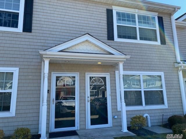 Property for sale at 905 Willow Lane, Valley Stream NY 11580, Valley Stream,  New York 11580