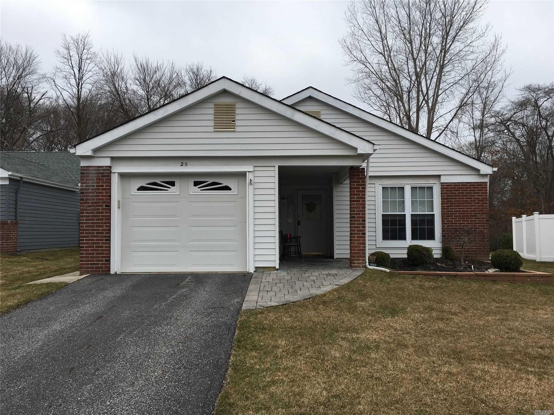 Property for sale at 25 Lamont Road, Ridge NY 11961, Ridge,  New York 11961