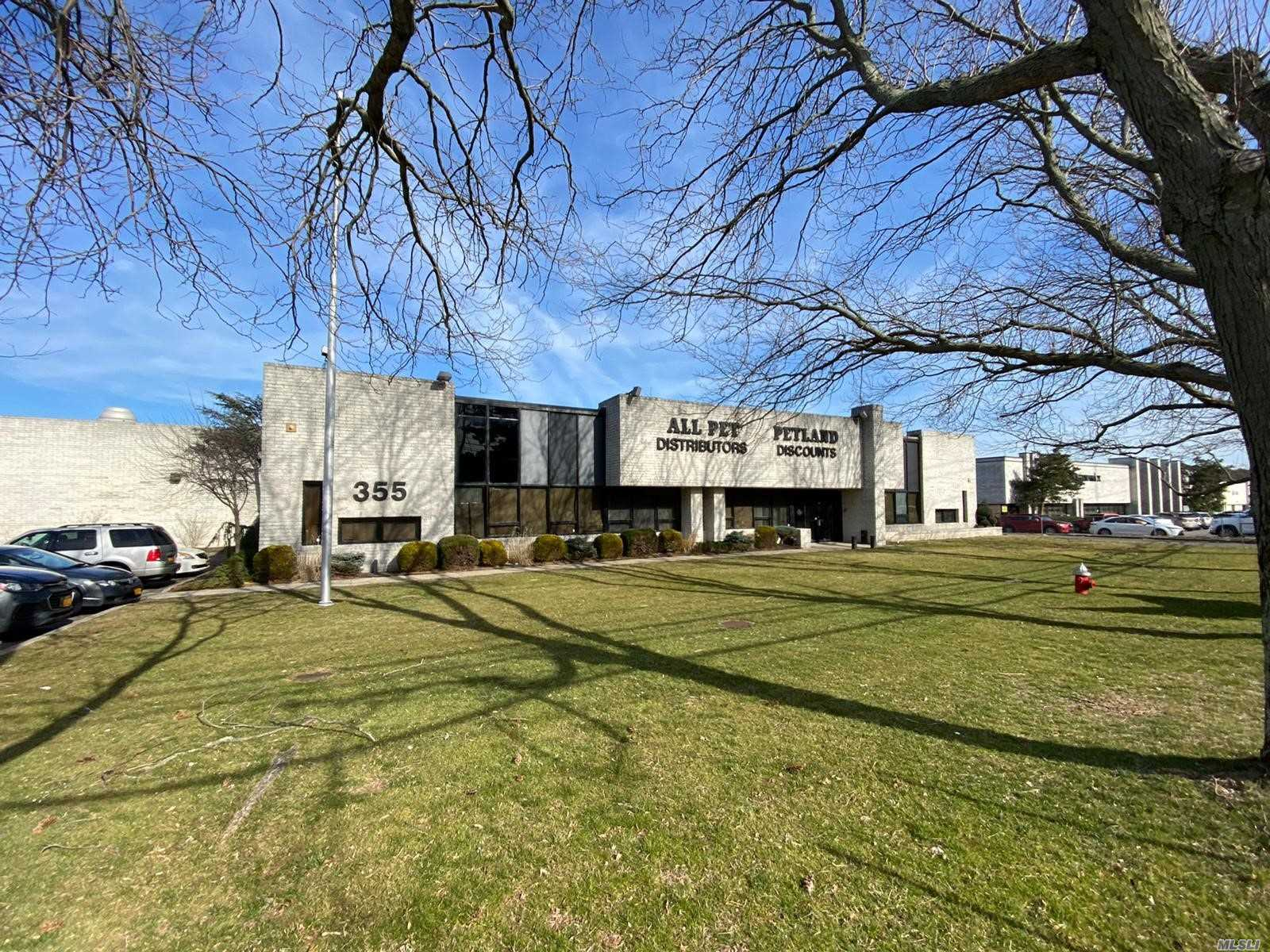 355 Crooked Hill Road, Brentwood, New York 11717, ,Commercial,For Sale,Crooked Hill,3205592