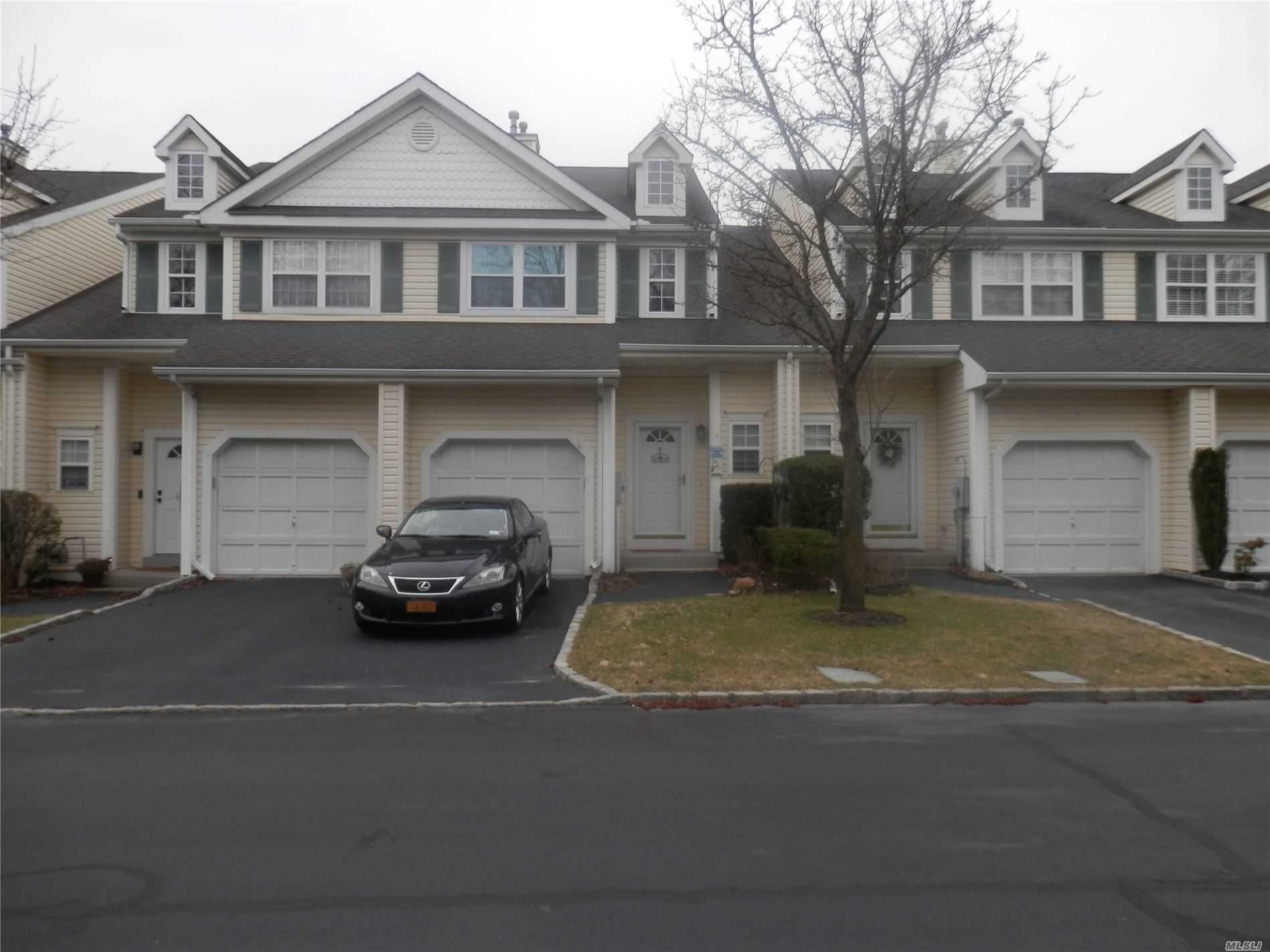 Property for sale at 9 Chelsea Drive, Smithtown NY 11787, Smithtown,  New York 11787