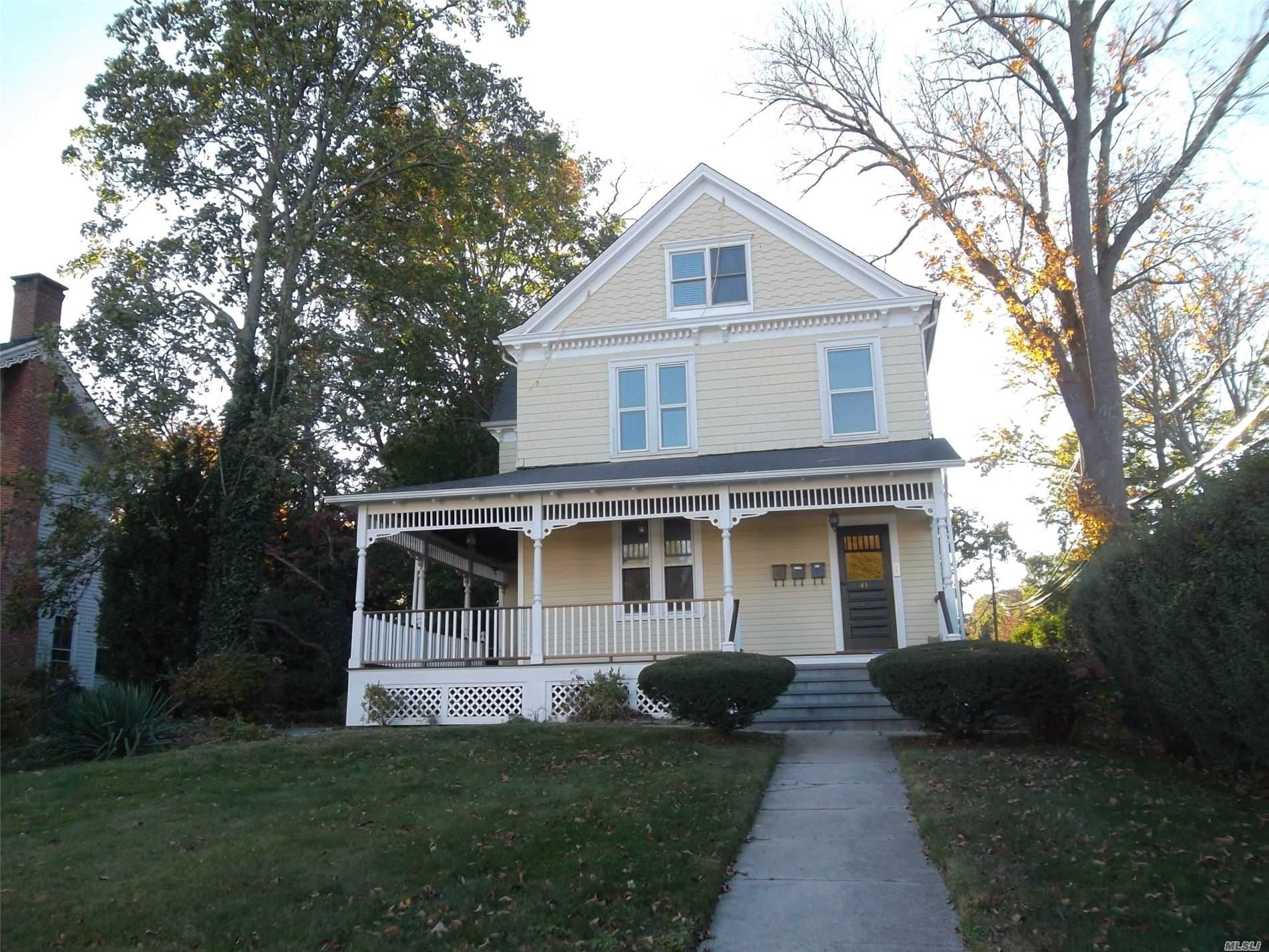 Residential Lease in Huntington - West Neck Road  Suffolk, NY 11743