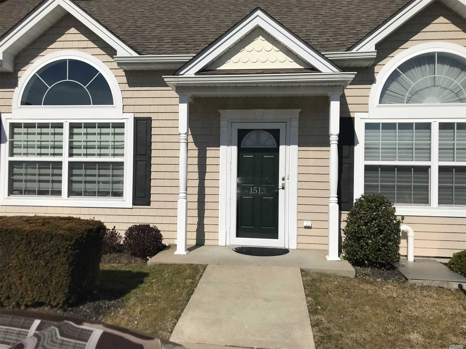 Property for sale at 1513 Willow Lane Unit: 1513, Valley Stream,  New York 11580