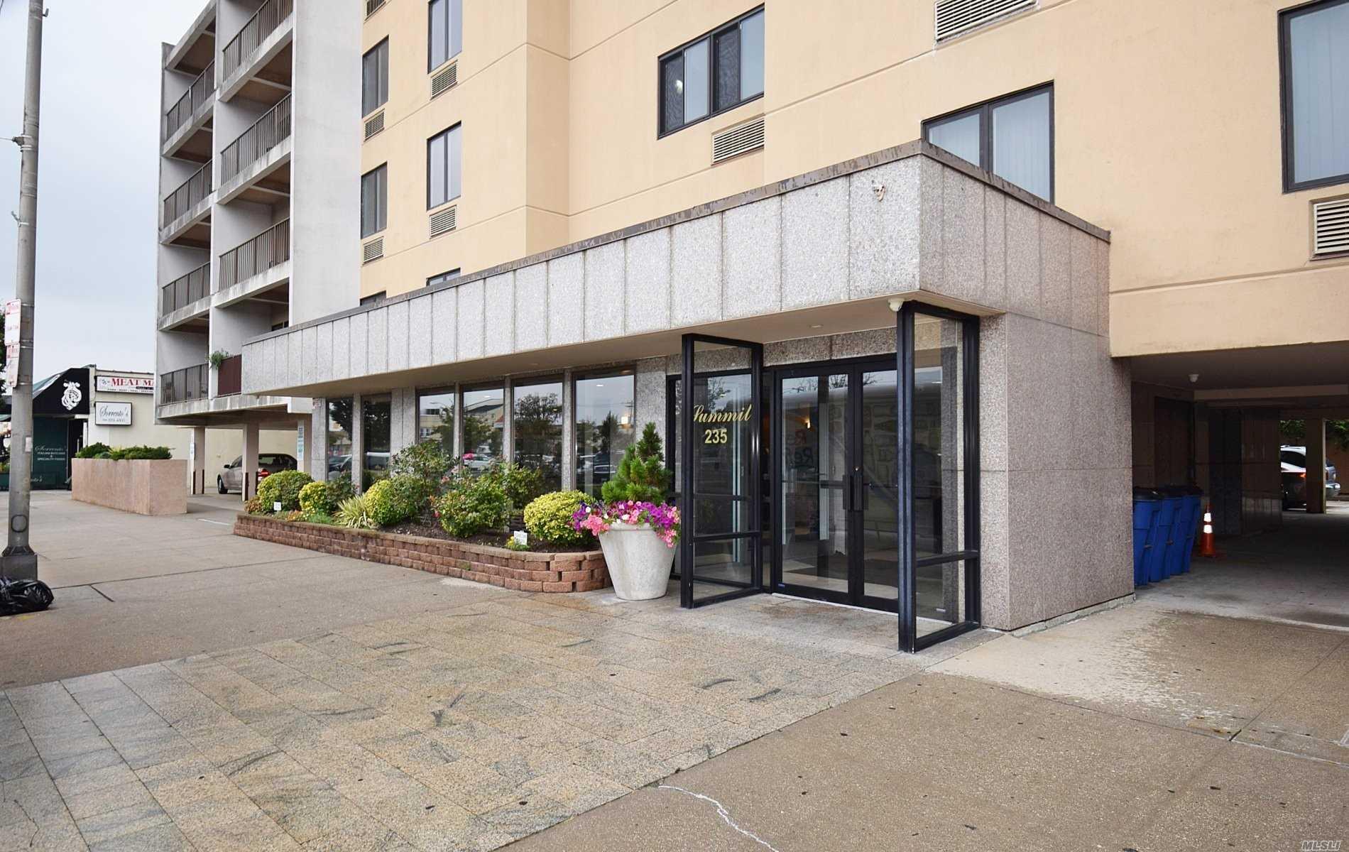 Property for sale at 235 W Park Avenue Unit: 103, Long Beach,  New York 11561