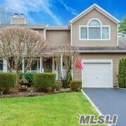 Property for sale at 11 Kettle Hole Road, Manorville NY 11949, Manorville,  New York 11949