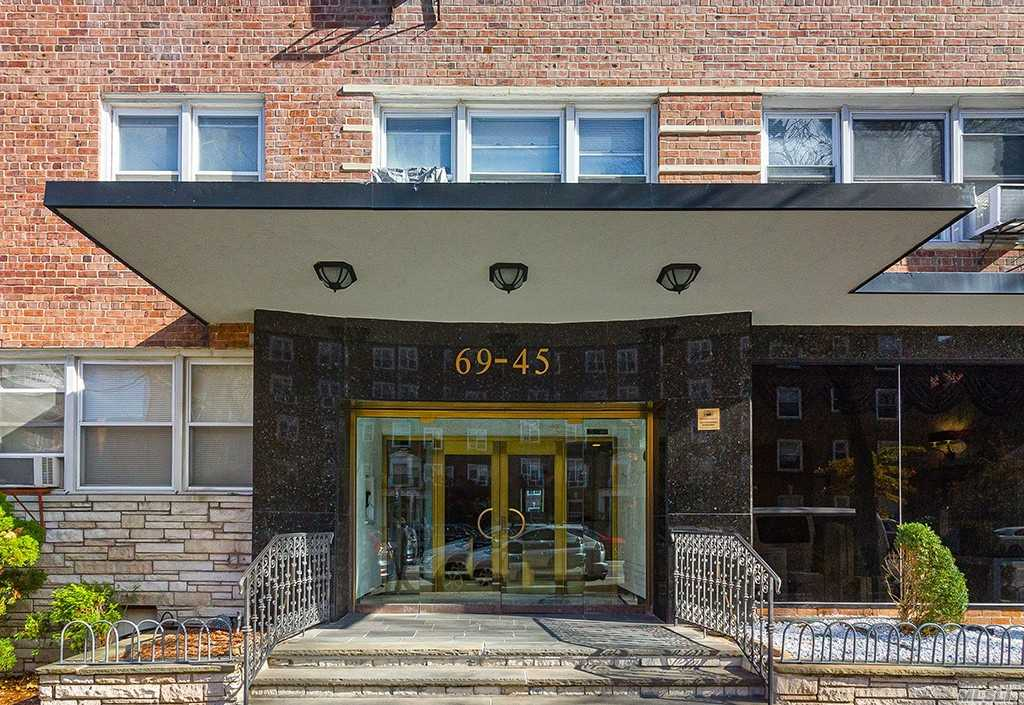 Property for sale at 69-45 108 Street # 8F, Forest Hills NY 11375, Forest Hills,  New York 11375