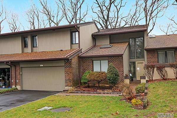 Property for sale at 326 Doral Court, Jericho NY 11753, Jericho,  New York 11753