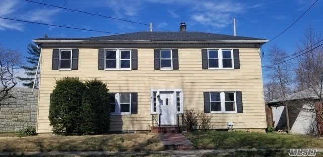 Property for sale at 7 Fuller Avenue, Floral Park NY 11001, Floral Park,  New York 11001