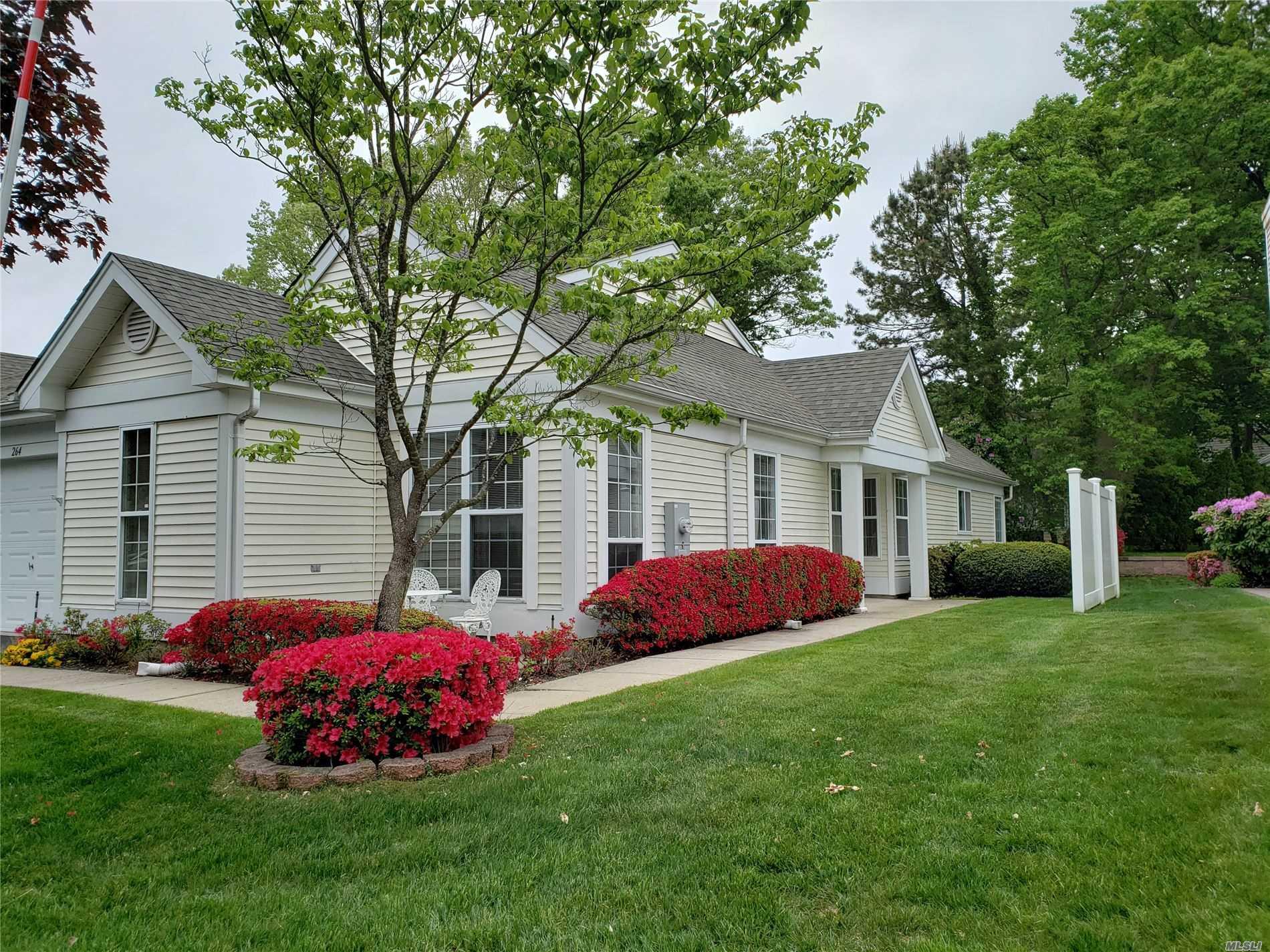 Property for sale at 264 Glen Drive, Ridge NY 11961, Ridge,  New York 11961