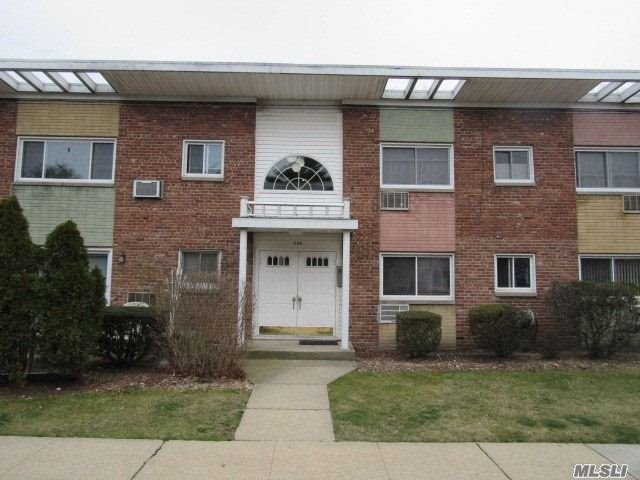 Property for sale at 269 N Newbridge Rd # C1, Levittown NY 11756, Levittown,  New York 11756