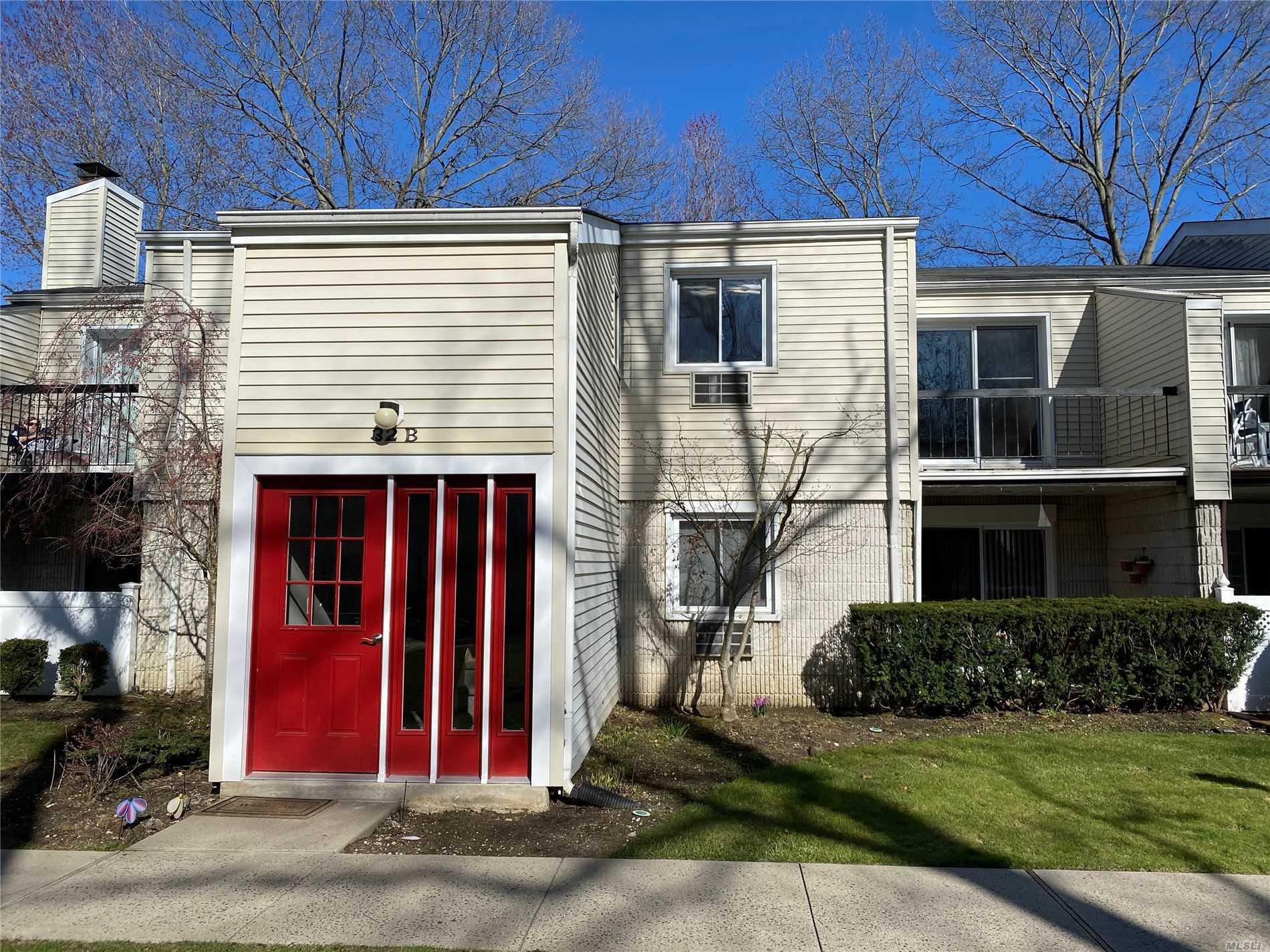 Property for sale at 32B Richmond Boulevard # 4B, Ronkonkoma NY 11779, Ronkonkoma,  New York 11779