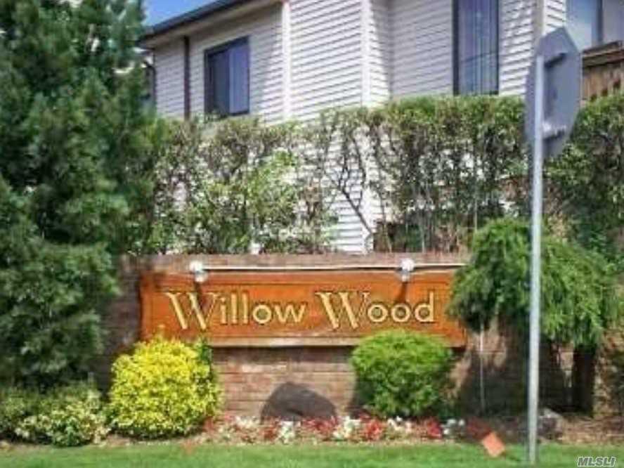 Property for sale at 170 Laurel Ln, Wantagh NY 11793, Wantagh,  New York 11793