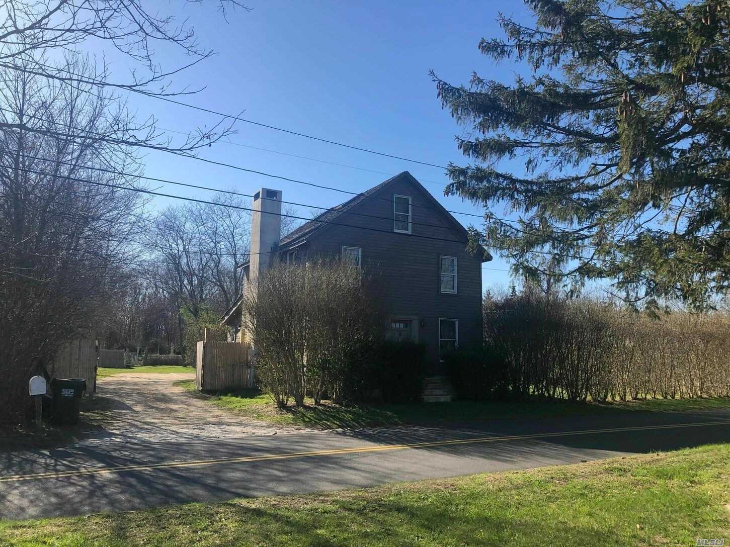 33 Henry Rd, Southampton, New York 11968, 4 Bedrooms Bedrooms, ,2 BathroomsBathrooms,Residential,For Rent,Henry,3211851