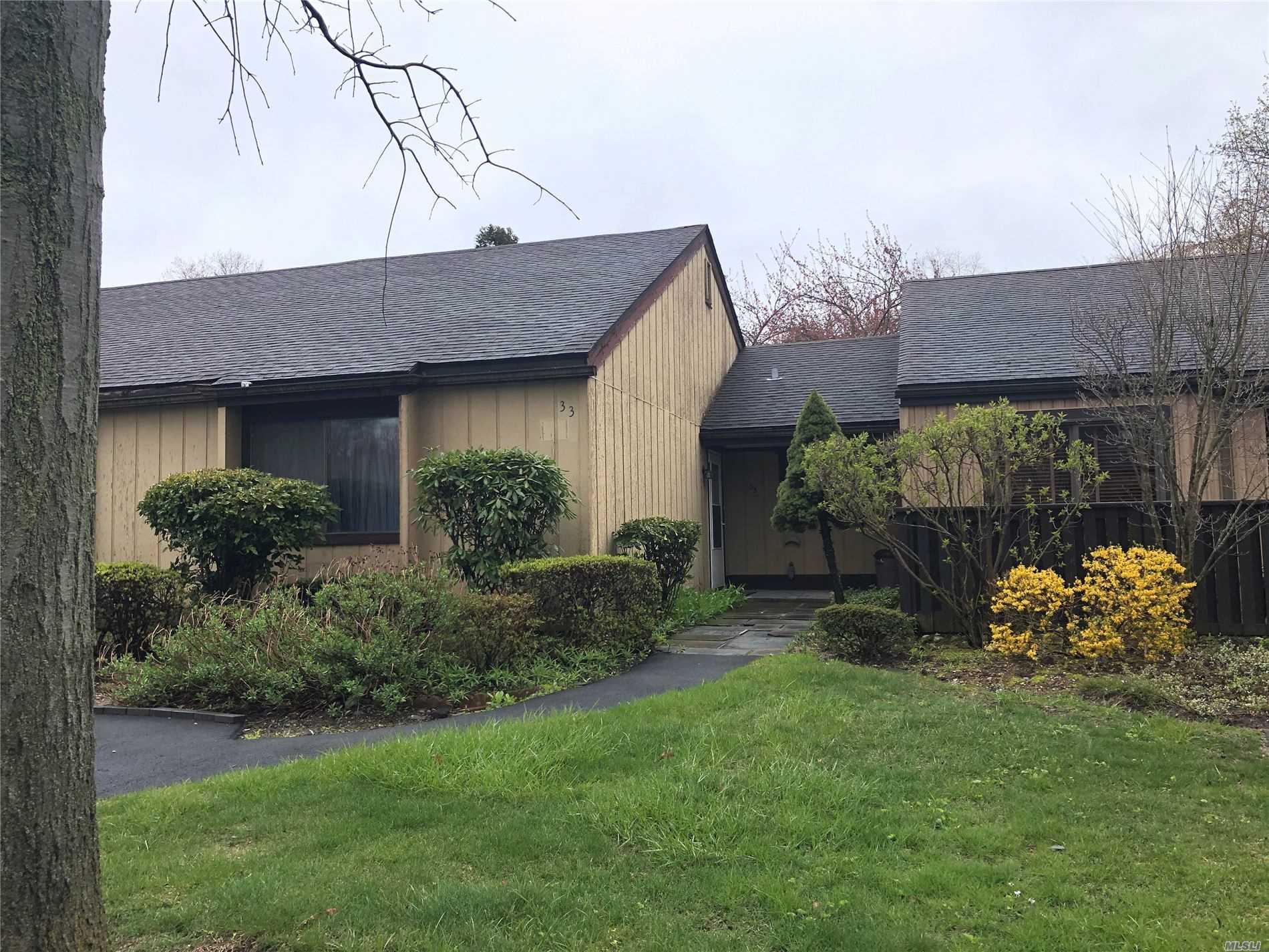 Property for sale at 33 Strathmore Gate Drive, Stony Brook NY 11790, Stony Brook,  New York 11790