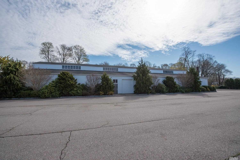 13650 Main Road, Mattituck, New York 11952, ,Commercial,For Rent,Main,3211924
