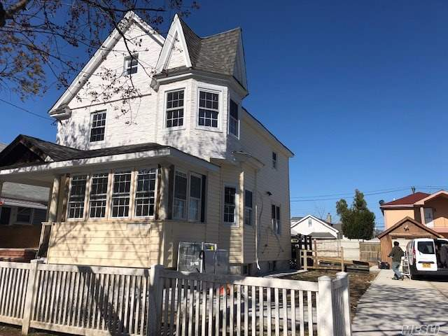 Property for sale at 85-33 260th St, Floral Park NY 11001, Floral Park,  New York 11001