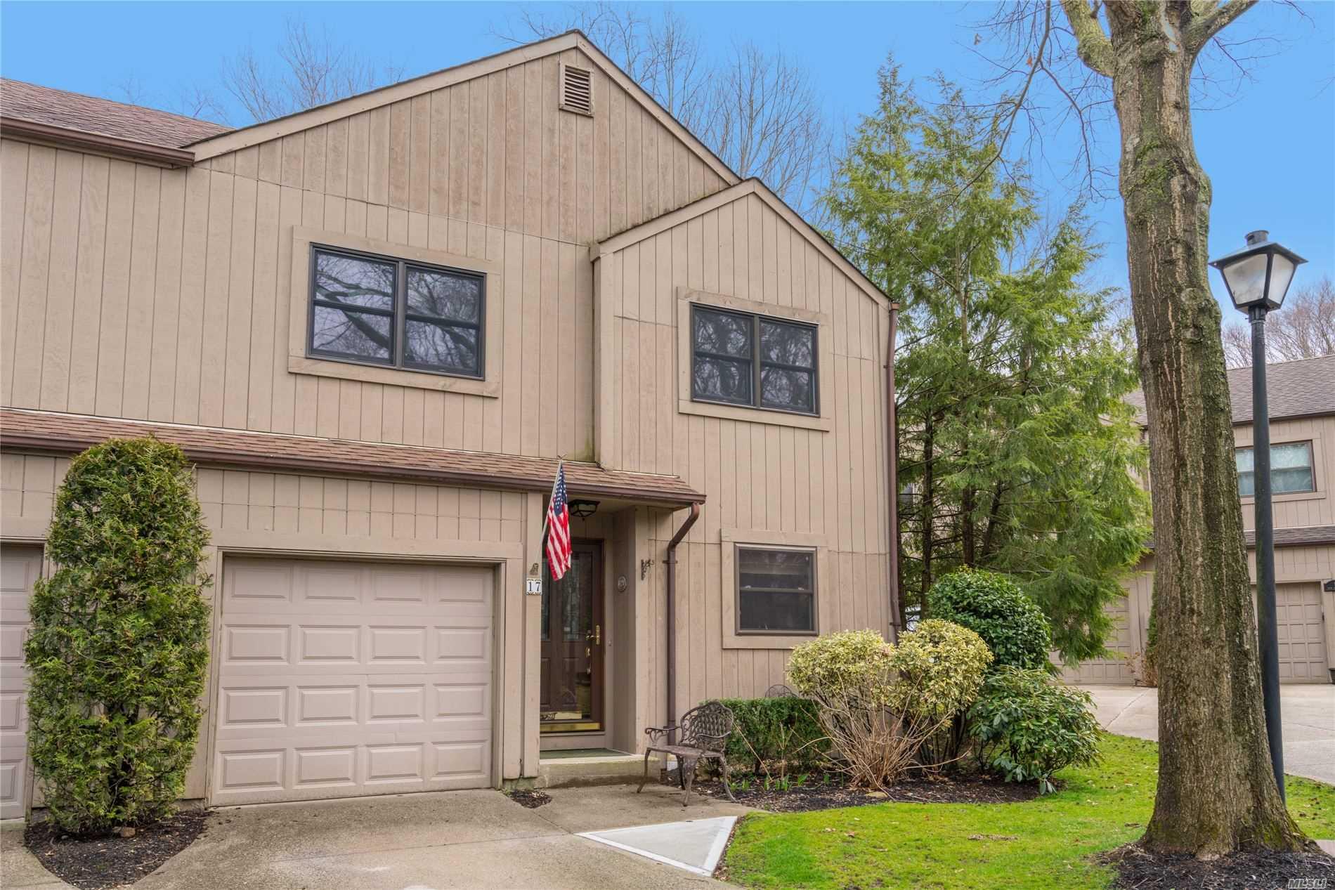 Property for sale at 17 High Oak Ct, Huntington NY 11743, Huntington,  New York 11743