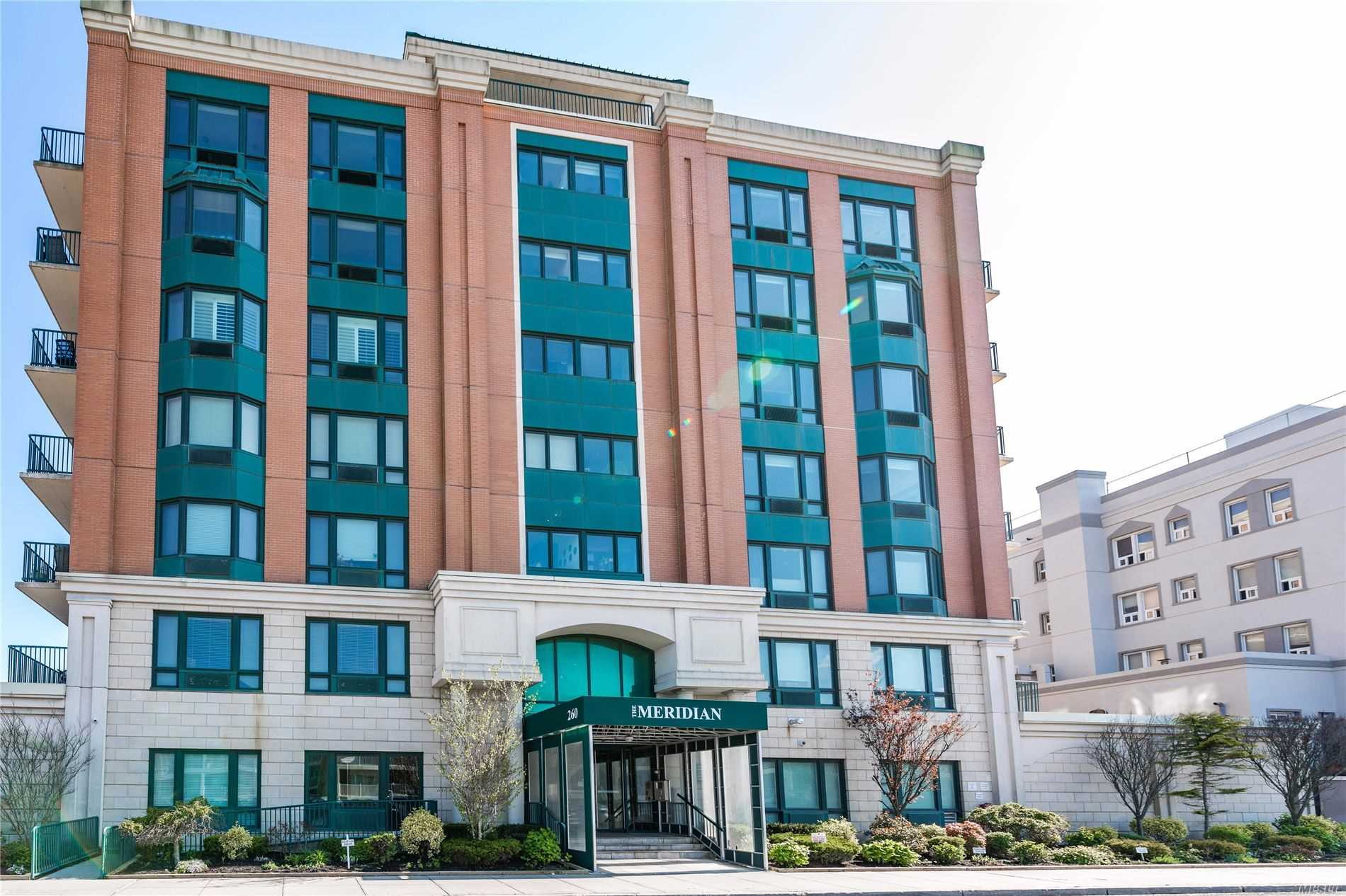 Property for sale at 260 W Broadway Unit: 4D, Long Beach,  New York 11561