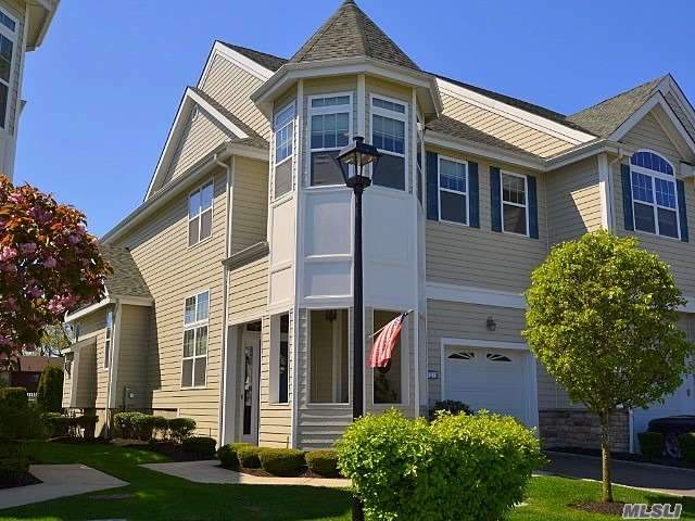 Property for sale at 121 Jackie Court, Patchogue NY 11772, Patchogue,  New York 11772