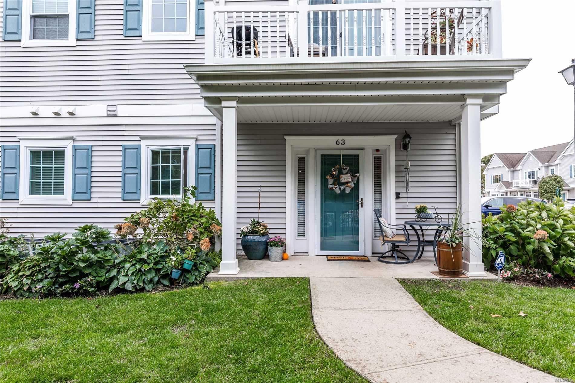 Property for sale at 63 Barbara Ct, Amityville NY 11701, Amityville,  New York 11701