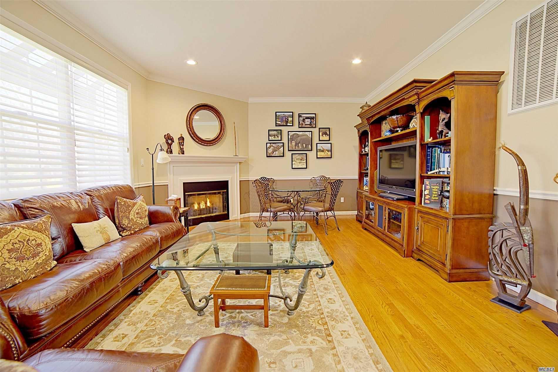 Property for sale at 70 Tiffany Court S, Nesconset NY 11767, Nesconset,  New York 11767