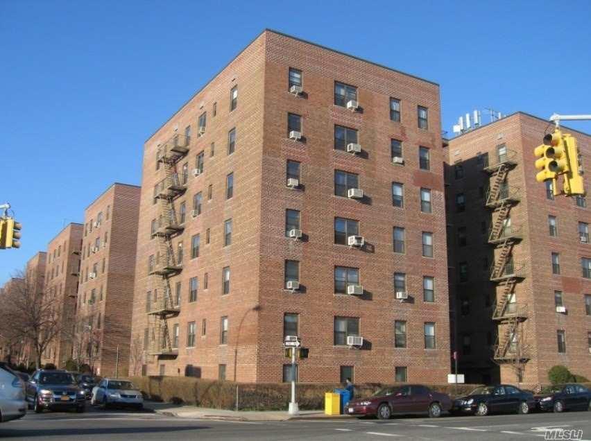 Coop in E. Elmhurst - 88 St Street  Queens, NY 11369