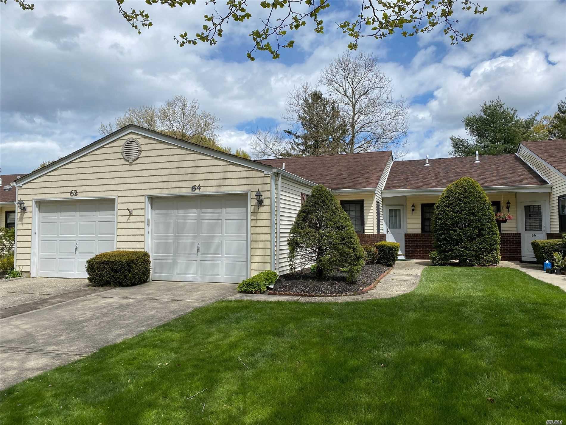 Property for sale at 64 Knolls Dr, Stony Brook NY 11790, Stony Brook,  New York 11790