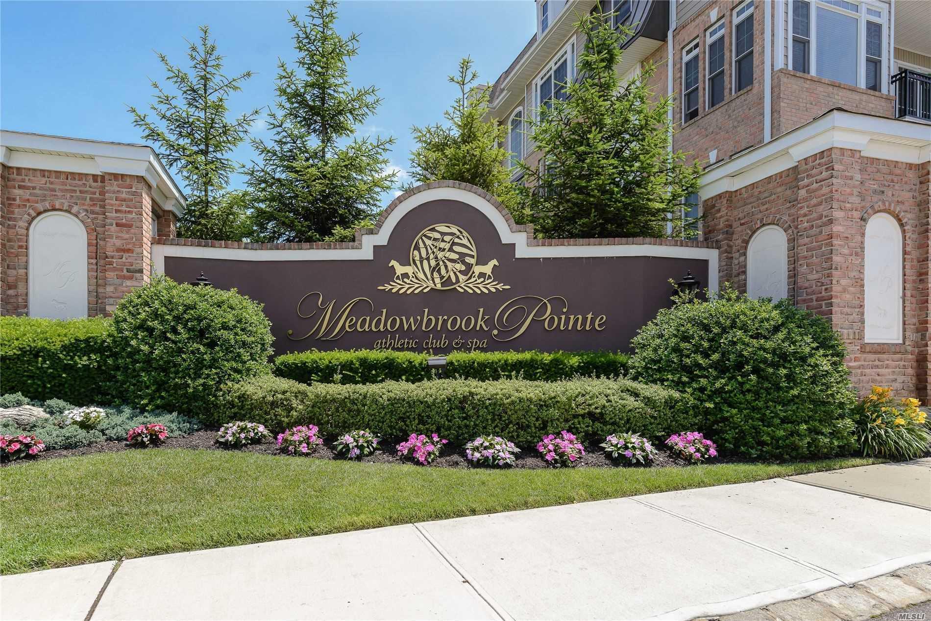Property for sale at 558 Roosevelt Way N # 558, Westbury NY 11590, Westbury,  New York 11590