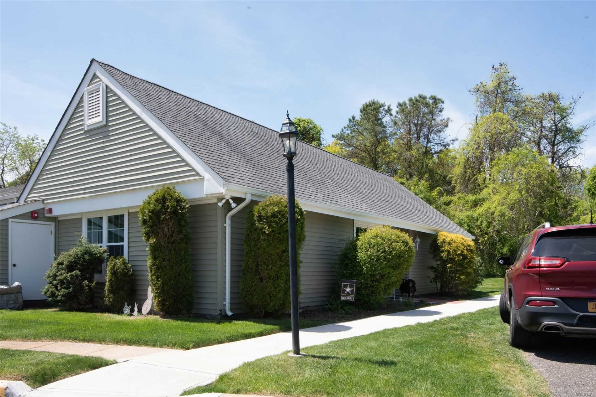 Property for sale at 428 Aylesbury Court, Ridge NY 11961, Ridge,  New York 11961