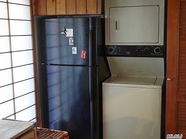 Single Family Sagamore Hill Drive  Nassau, NY 11050, MLS-3216655-9