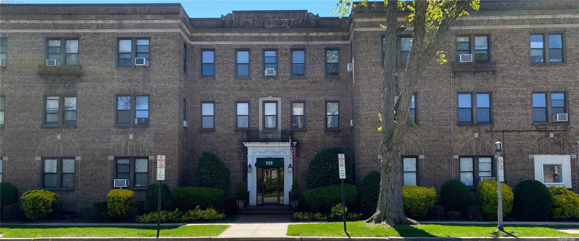 Property for sale at 222 7th Street # 2E, Garden City NY 11530, Garden City,  New York 11530