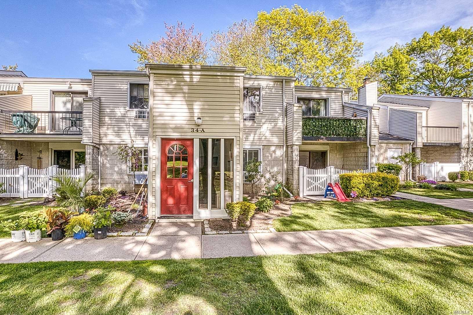 Property for sale at 34 Richmond Boulevard # 2A, Ronkonkoma NY 11779, Ronkonkoma,  New York 11779