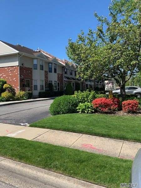 Property for sale at 2410 Farmers Ave Unit: 1, Bellmore,  New York 11710