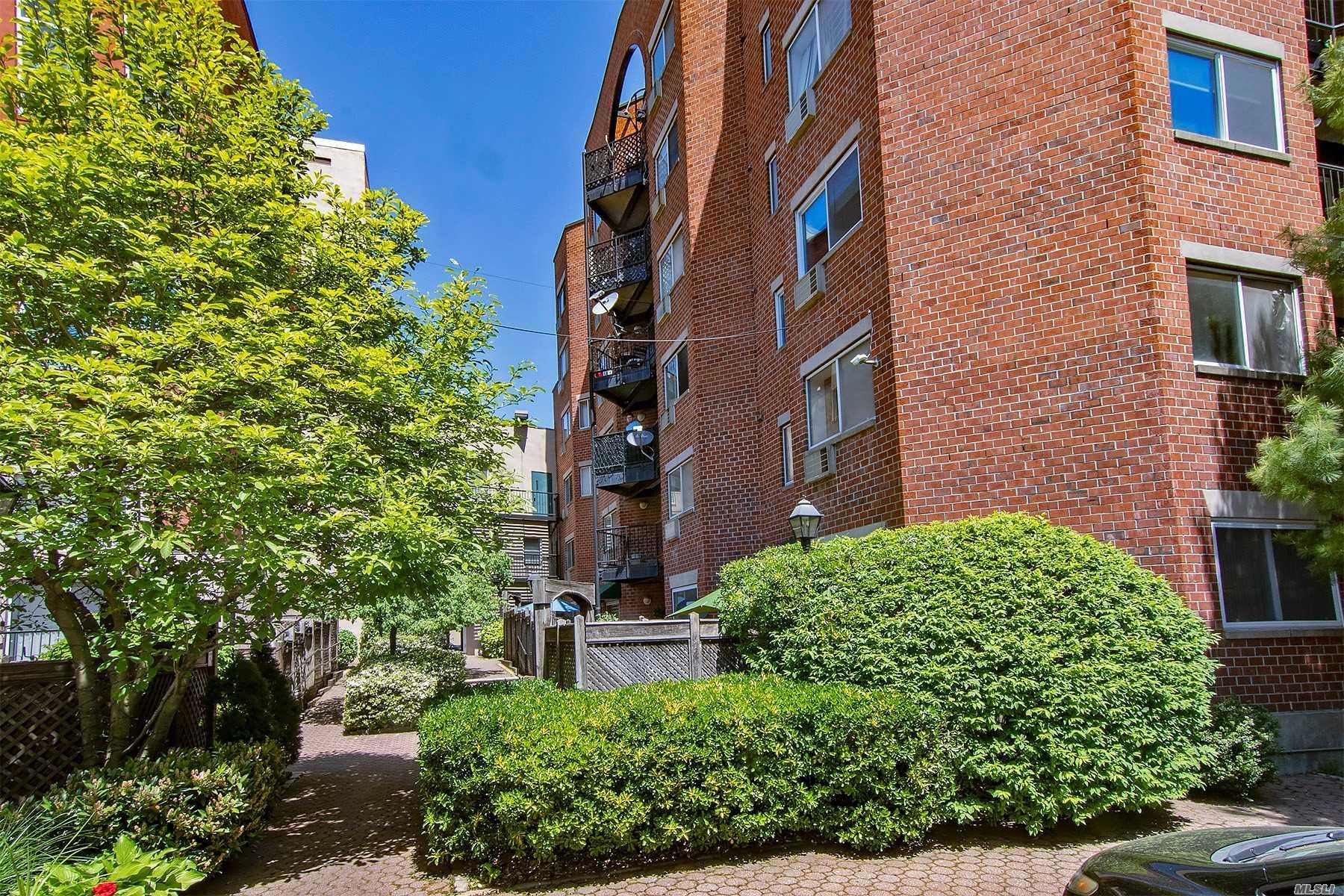 Property for sale at 61-20 71 Avenue Unit: J1B, Glendale,  New York 11385