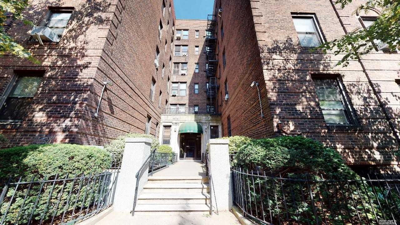 Property for sale at 41-21 42nd Street Unit: 1C, Sunnyside,  New York 11104