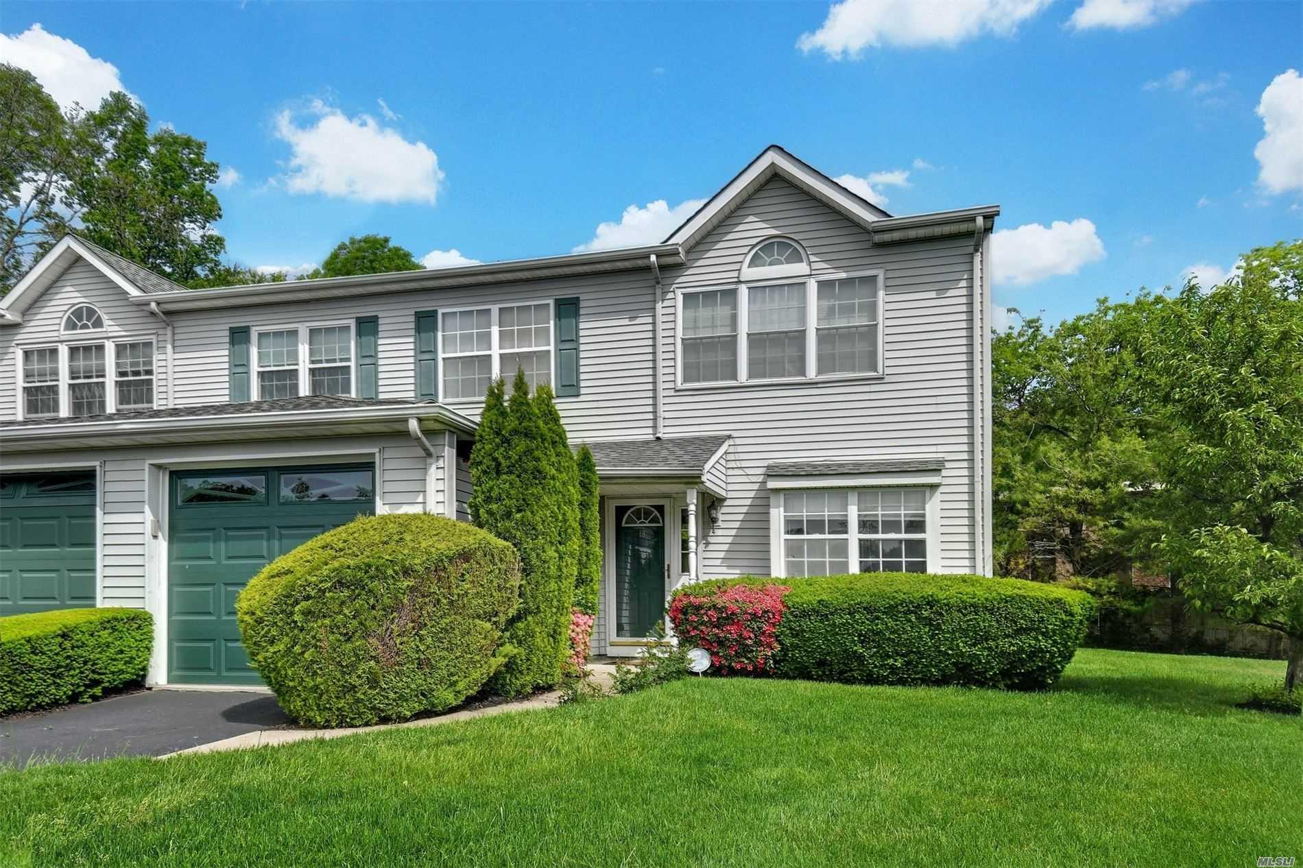 Property for sale at 18 Horizon Court # 18, Huntington NY 11743, Huntington,  New York 11743