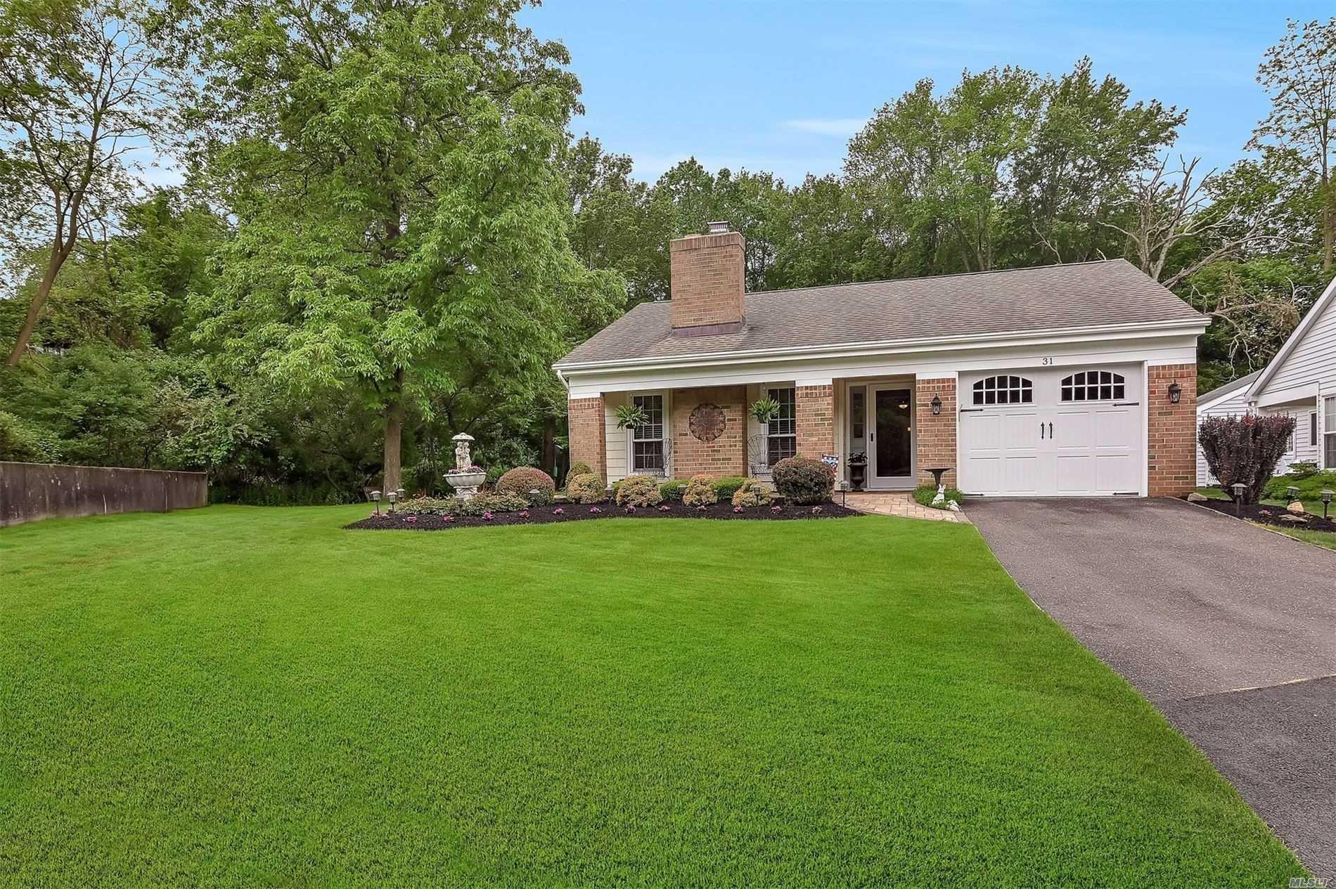 Property for sale at 31 Lamont Road, Ridge NY 11961, Ridge,  New York 11961