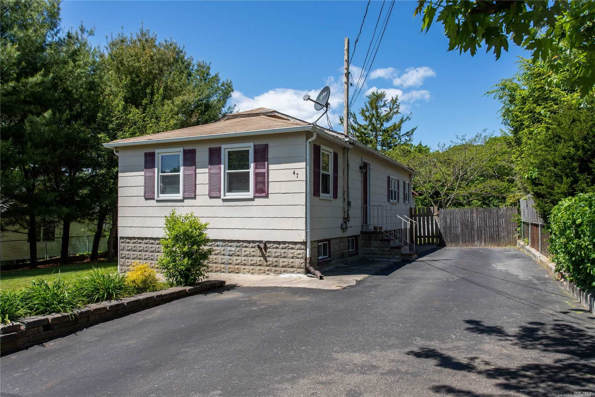 47 Saltaire Road, Sound Beach NY 11789