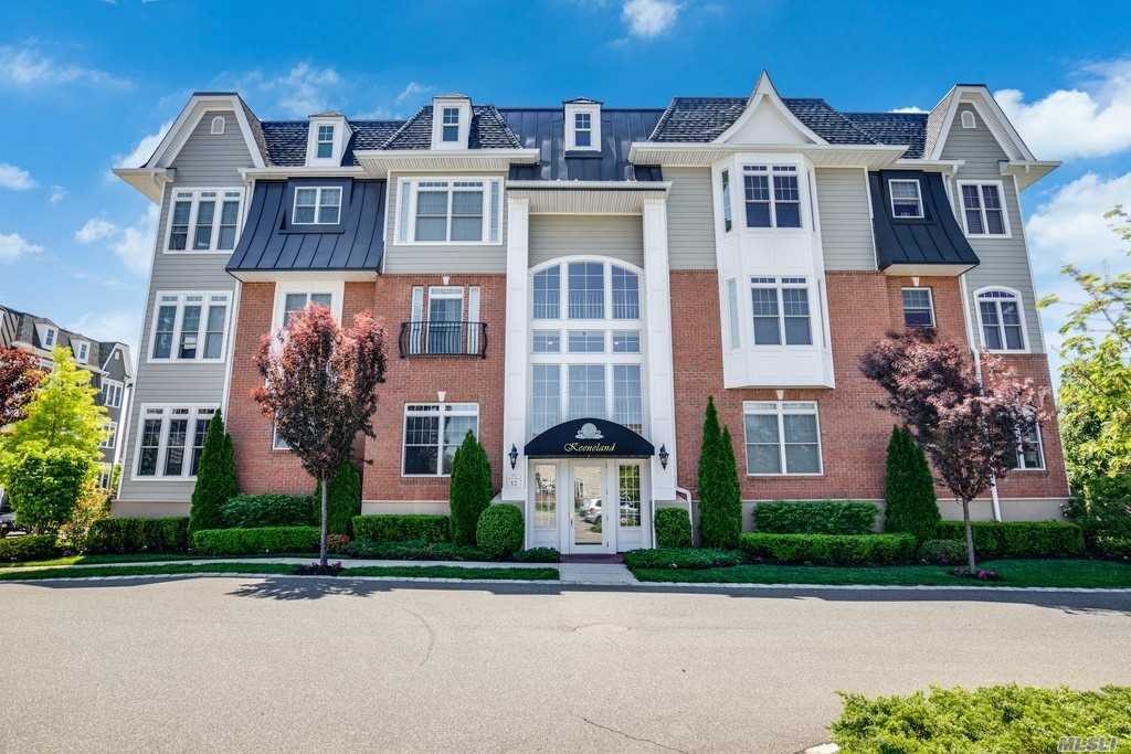 Property for sale at 1181 Roosevelt Way, Westbury,  New York 11590
