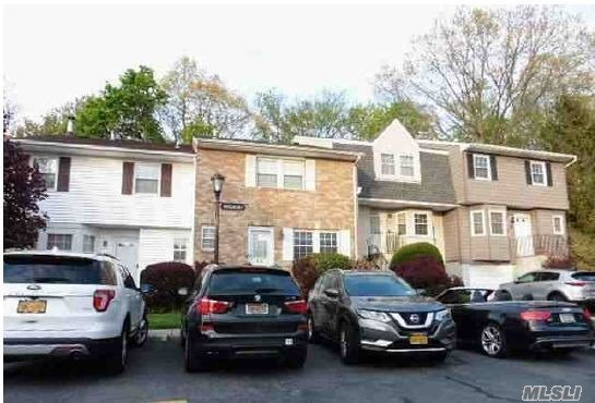 Property for sale at 45 Woodlake Drive, Woodbury,  New York 11797