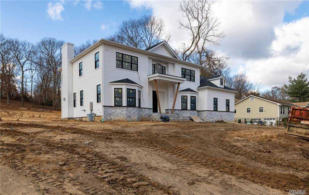 Property for sale at 16 Sleepy Hollow Lane, Dix Hills,  New York 11746