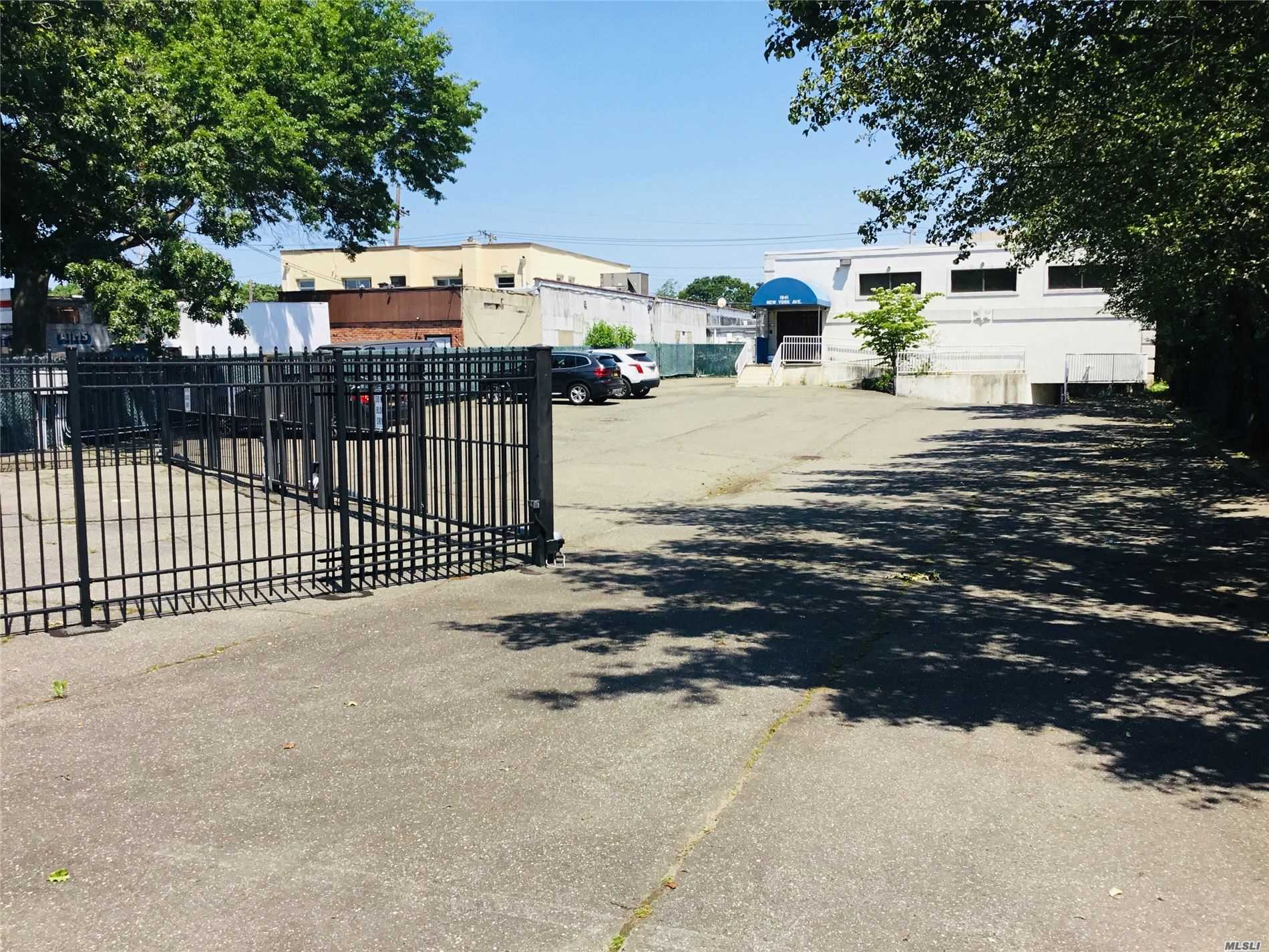 Commercial Sale New York Avenue  Suffolk, NY 11746, MLS-3220204-13