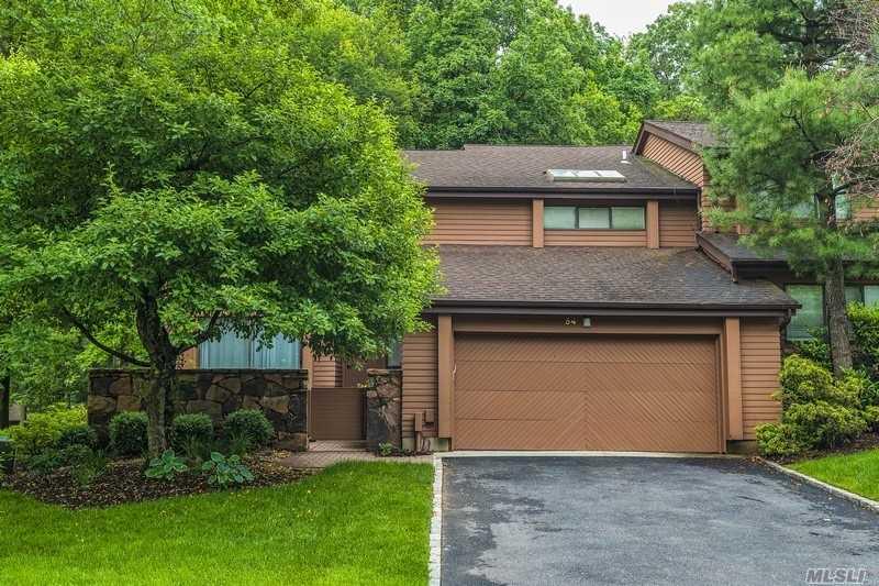 Property for sale at 54 Harvard Road, Manhasset,  New York 11030
