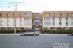 Property for sale at 31 Casino Street Unit: 411, Freeport,  New York 11520
